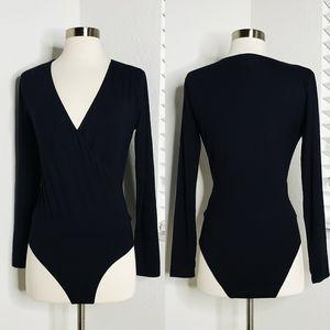 •J. CREW• Wrap Long Sleeve Bodysuit In Black S.